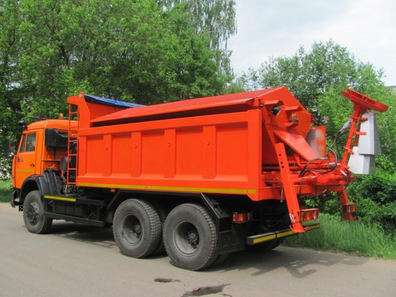 Комбинированная дорожная машина КО-848