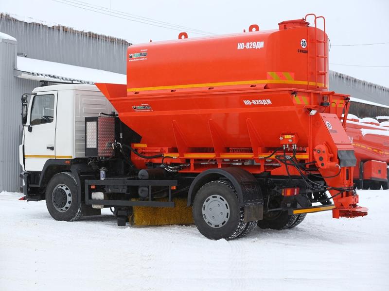 Комбинированная поливомоечная машина КО-829ДМ-11
