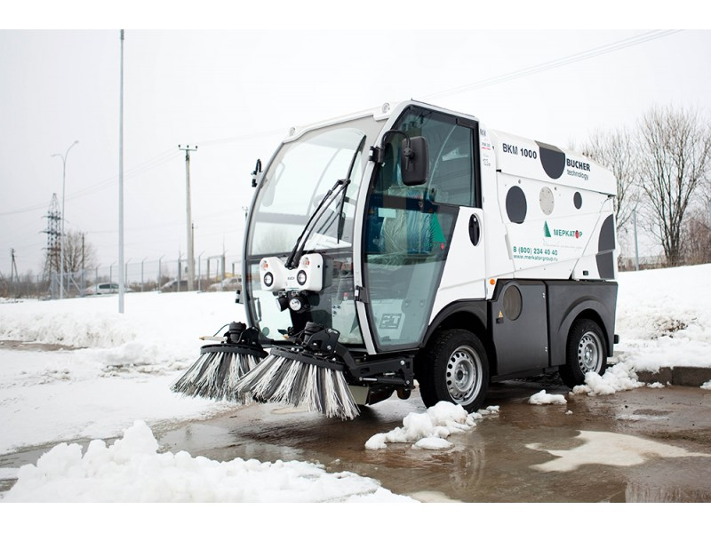 Вакуумная подметально-уборочная машина ВКМ-1000