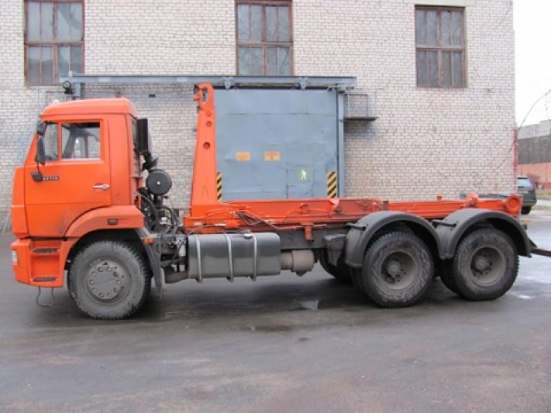 Контейнерный мусоровоз с крюковым механизмом КО-452-13