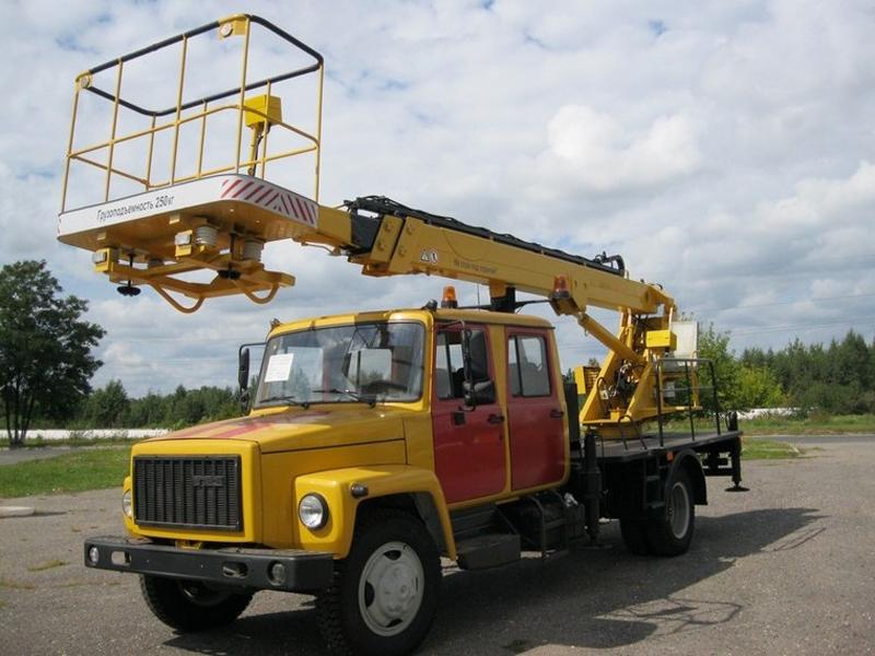 Телескопический автогидроподъемник (автовышка) ВС-18Т-3309